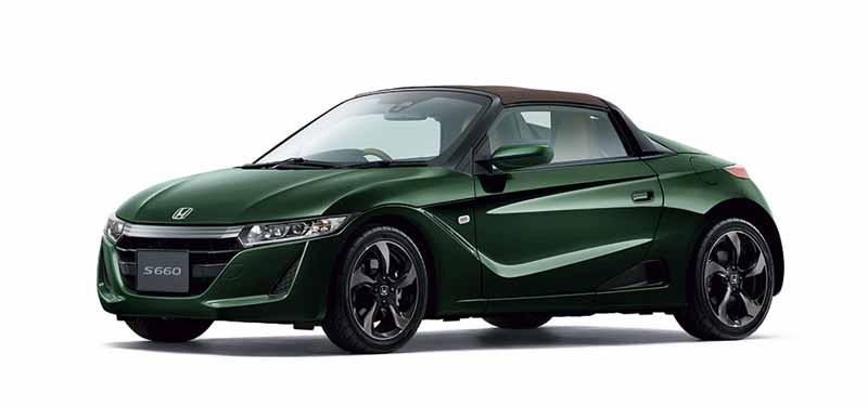 Honda S660, trata-se de um roadster cpm motorização central, do segmento kei-car, herdeiro da Mazda Az-1 , da Suzuki Capuccino e da Honda Beat dos anos 90.