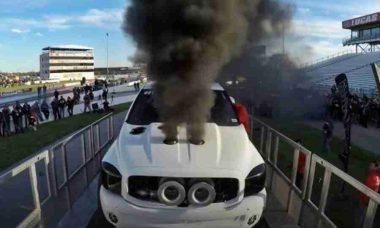 Três turbos, 2.000 HP e ... boom! Veja o vídeo