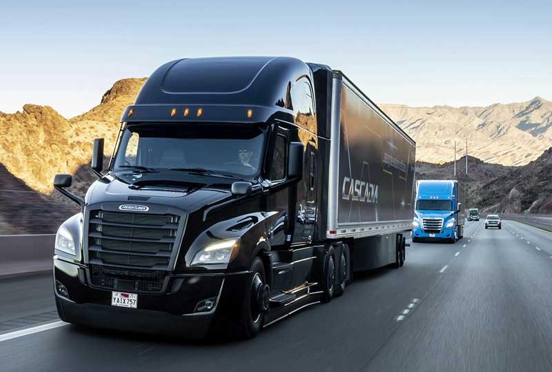 Daimler Trucks também fez a estreia mundial do novo Cascadia da Freightliner com recursos de condução parcialmente autônoma