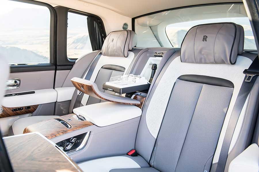 Rolls-Royce oferece aos clientes oportunidades quase ilimitadas de trazer sua própria visão pessoal para o seu automóvel