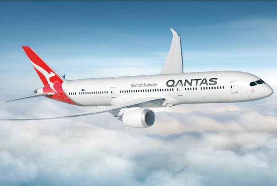 Avião da Qantas bate recorde de horas de voo