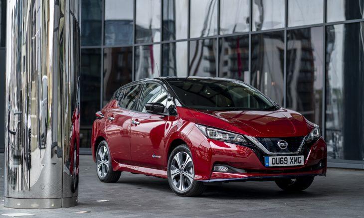 Uber vai oferecer desconto para motoristas comprarem elétrico Nissan Leaf