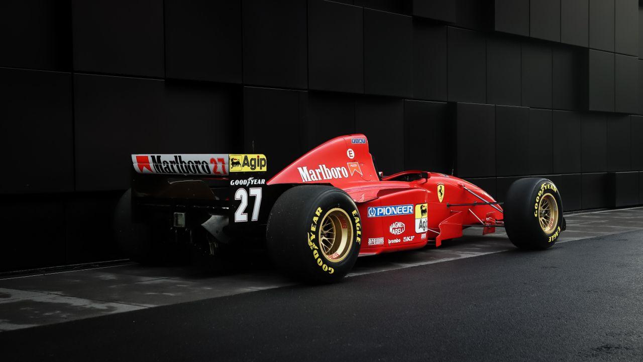 Ferrari 412 T2, o primeiro carro da marca pilotado por Michael Schumacher, está à venda
