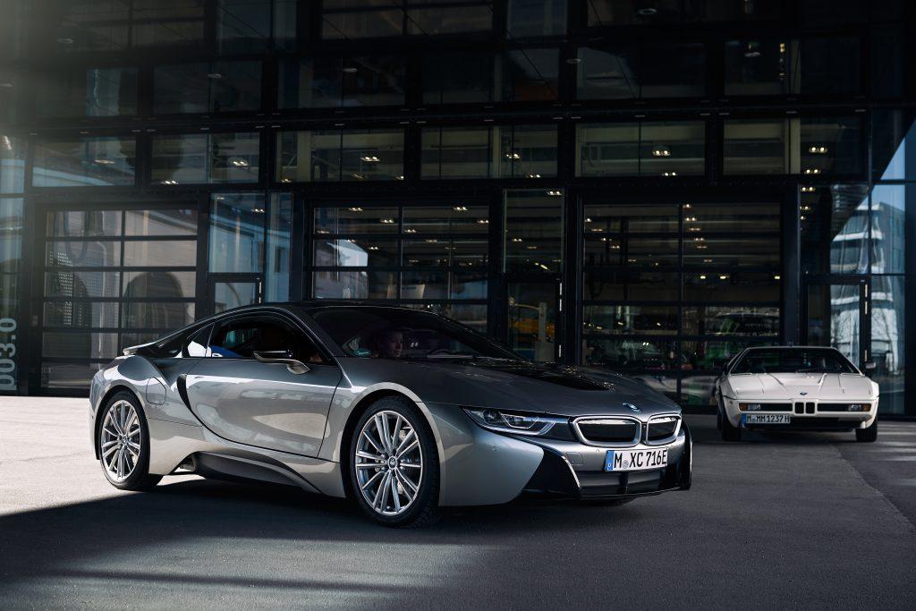 BMW anuncia fim da produção do esportivo híbrido i8