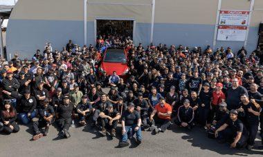Tesla atinge marca de 1 milhão de carros