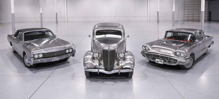 Carros clássicos em aço inoxidável vão a leilão nos EUA