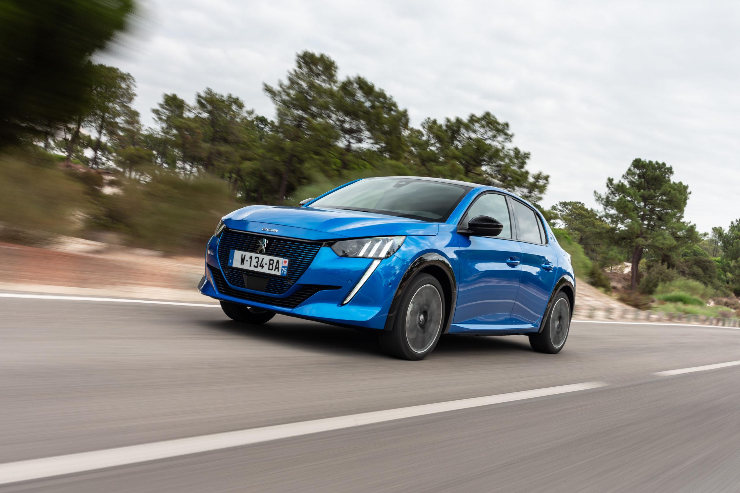 """Peugeot inicia produção do 208 """"Mercosul"""" na Argentina"""