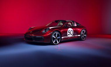 Porsche 911 ganha série especial com visual retrô