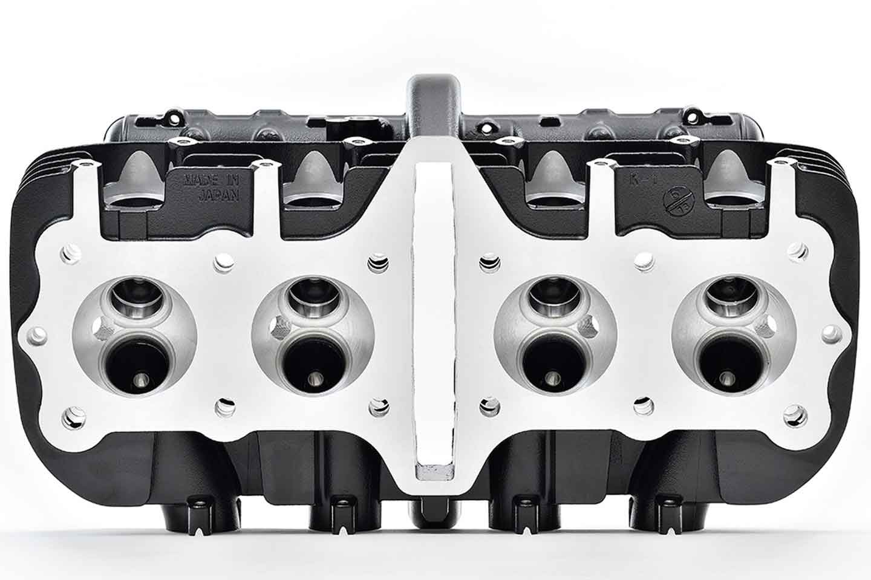 As cabeças de cilindro da Z1 serão vendidas por US $ 2370, incluindo suportes de árvore de cames, rosqueadores, válvulas e peças periféricas, mas não incluindo árvores de cames, tampa da cabeça de cilindro, gaxetas. Foto: .Kawasaki