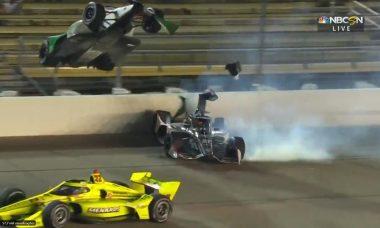 Em acidente impressionante na Indy, carro bate em roda e voa em direção a arquibancada