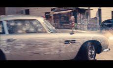 "Vídeo: Novo Trailer de ""007 Sem Tempo para Morrer"" traz Aston Martin e Land Rover destruídos"
