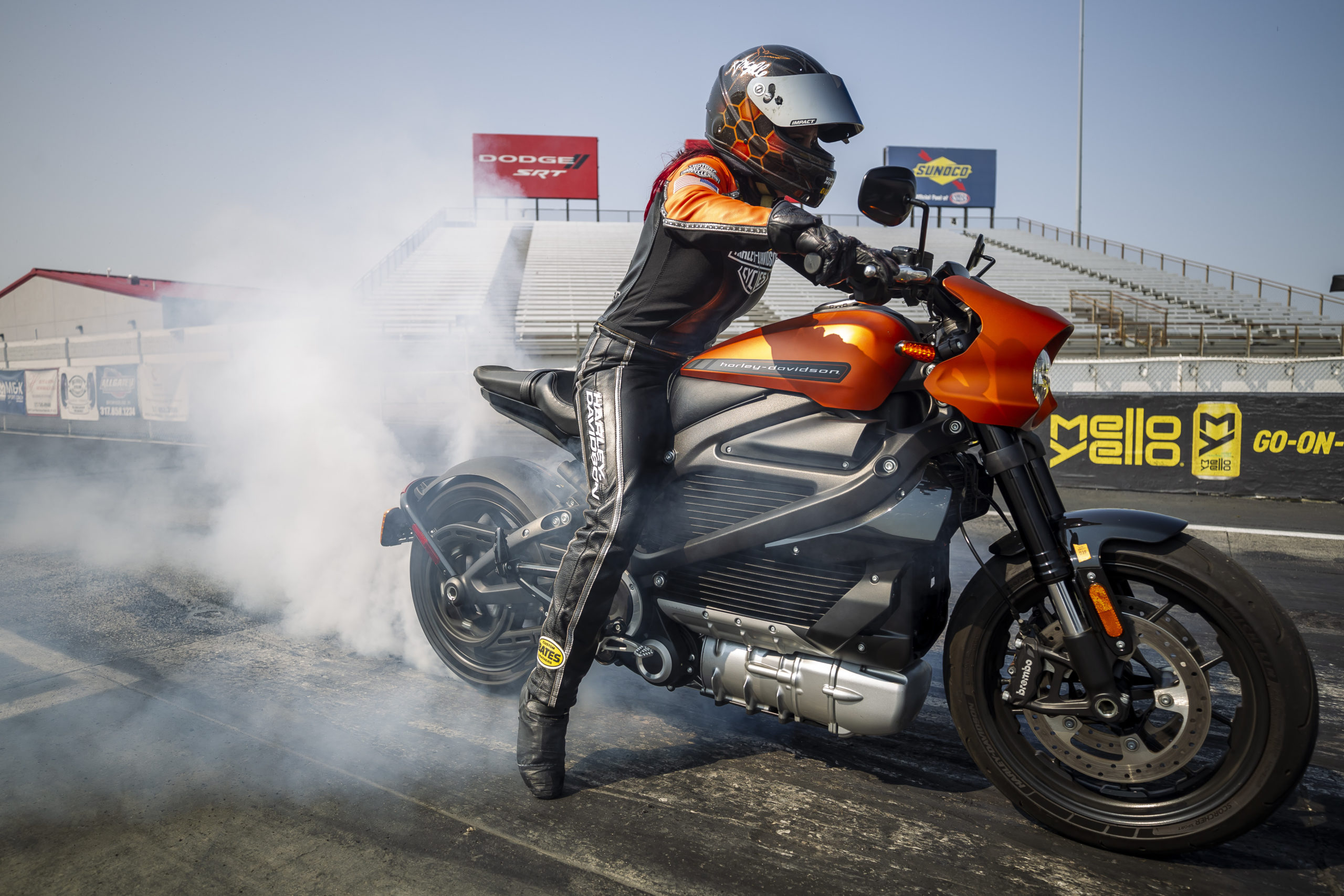 Harley-Davidson LiveWire bate recorde em arrancada