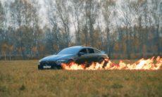 YouTuber russo coloca fogo no seu Mercedes-AMG GT 63 S