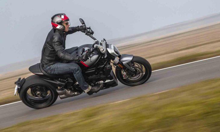 Ducati XDiavel Black Star 2021, série limitada de 50 motos apenas para os EUA e Canadá. Foto: Divulgação