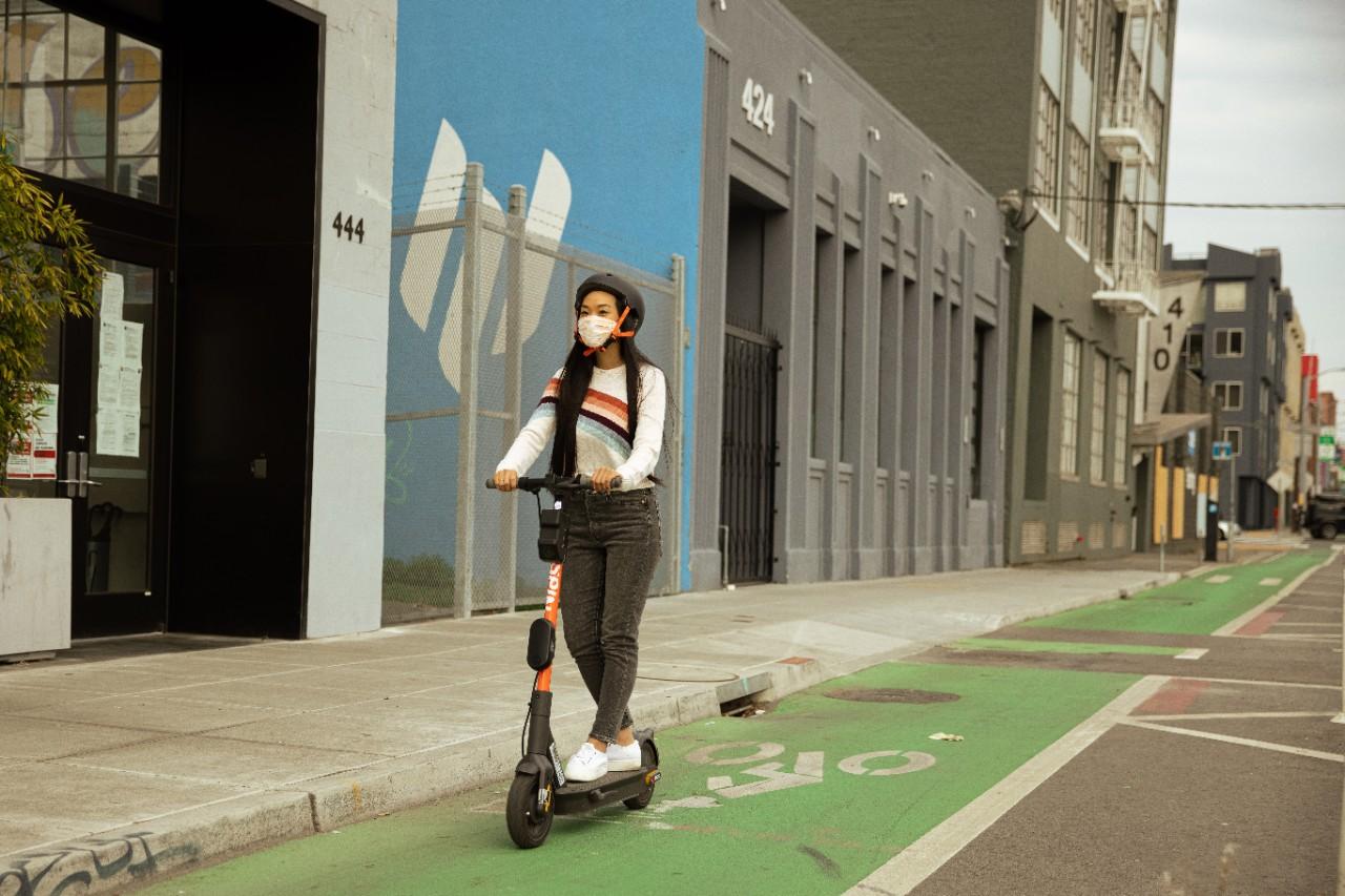 Spin vai incorporar direção semiautônoma em patinetes elétricos