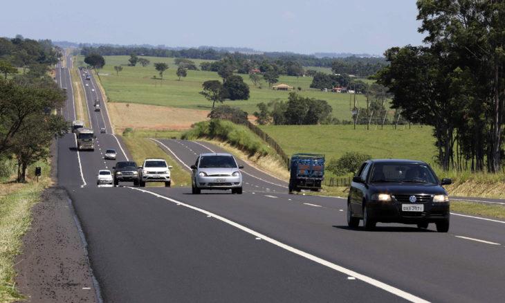 Veículos com placas final 0 devem ser licenciados em dezembro