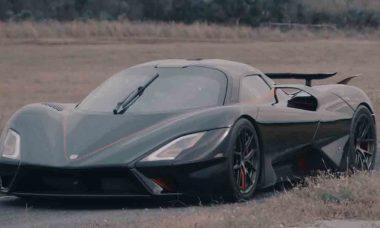SSC Tuatara o carro de produção mais rápido do mundo, 455 km / h de média. Foto: reprodução Youtube