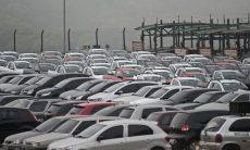 Vendas de veículos têm queda de 21,6% em 2020, diz Fenabrave