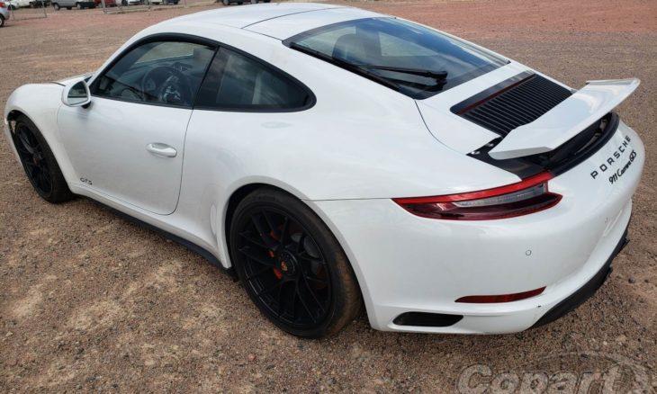 Leilão oferece Porsche 911 Carrera, Audi Q8 e Range Rover