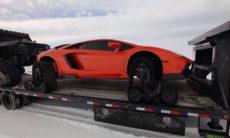 YouTuber mostra como é dirigir um Lamborghini Aventador com esteiras