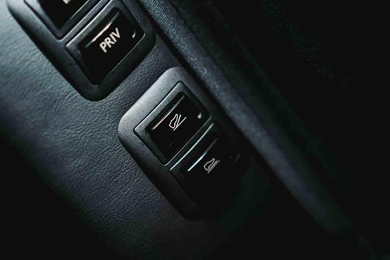 O passageiro também poderá indicar ao motorista se deseja aumentar a velocidade, ou pelo contrário diminuí-la ao toque de um botão