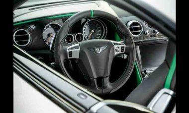 Bentley e Fanatec criam volante de simulador compatível com um carro de corrida real. Foto: Divulgação